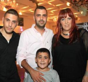 סגן שמואל חלפון זכרונו לברכה עם משפחתו