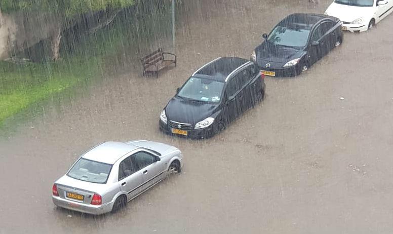 הצפות בעקבות גשמים בבת ים יוני 2018