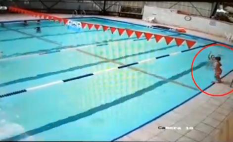 סרטון הצלת הילד בבריכה בקאנטרי בת ים