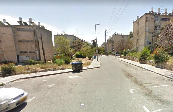 רחוב הציפורנים בת ים. ישופץ במסגרת פרויקט שיקום שכונות (צילום: גוגל מפות)