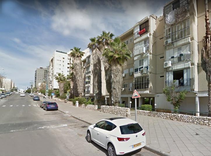 רחוב הרב מימון בת ים (צילום: גוגל)