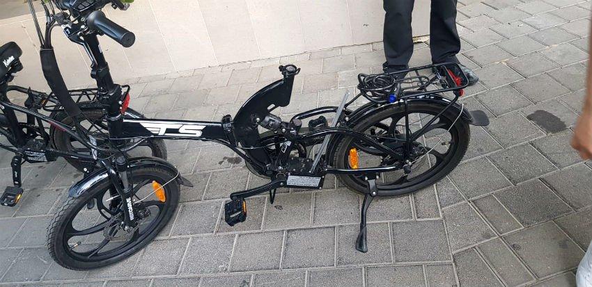 אופניים חשמליים שנתפסו. ללא מושב וסוללה (צילום: משטרת ישראל)