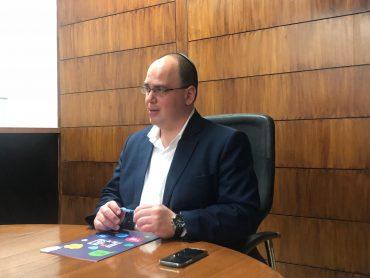 ראש עיריית בת ים צביקה ברוט