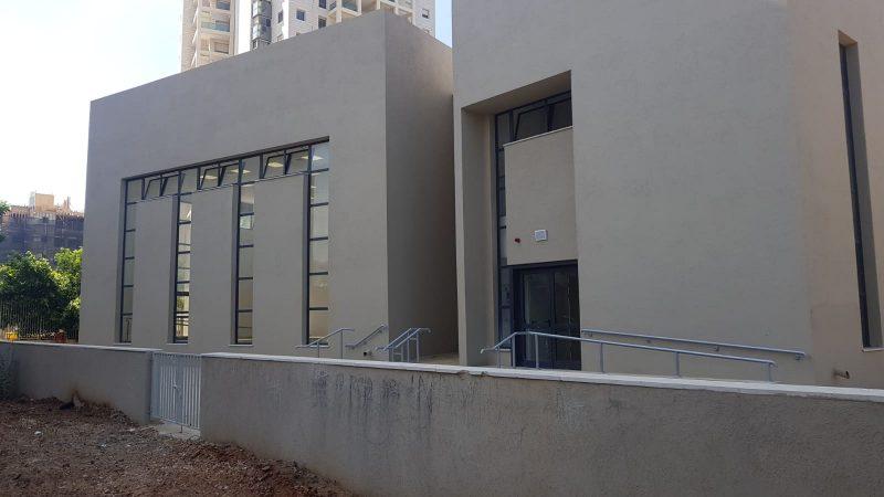 בית הכנסת החדש של הרב מימון (צילום: אביחי חיים)