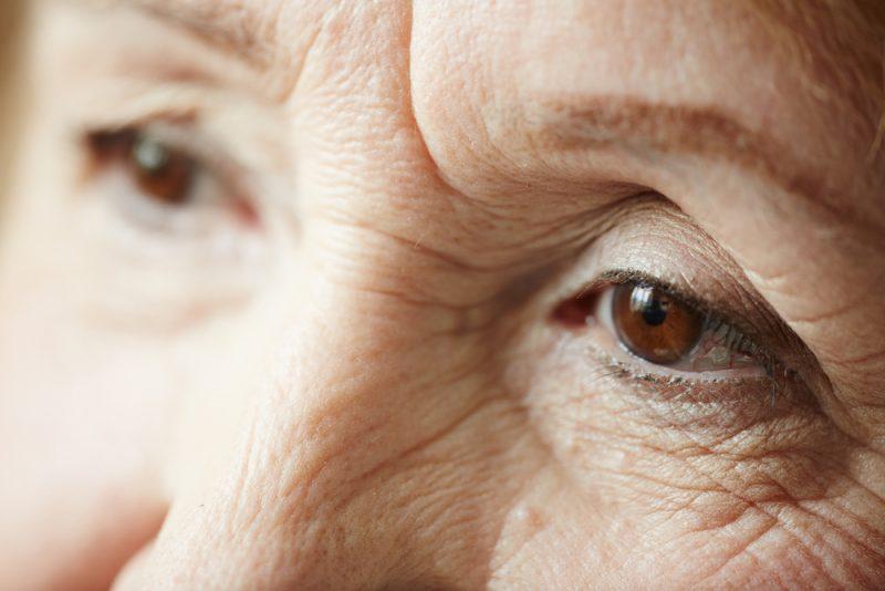 סיוע עזרה לקשישים