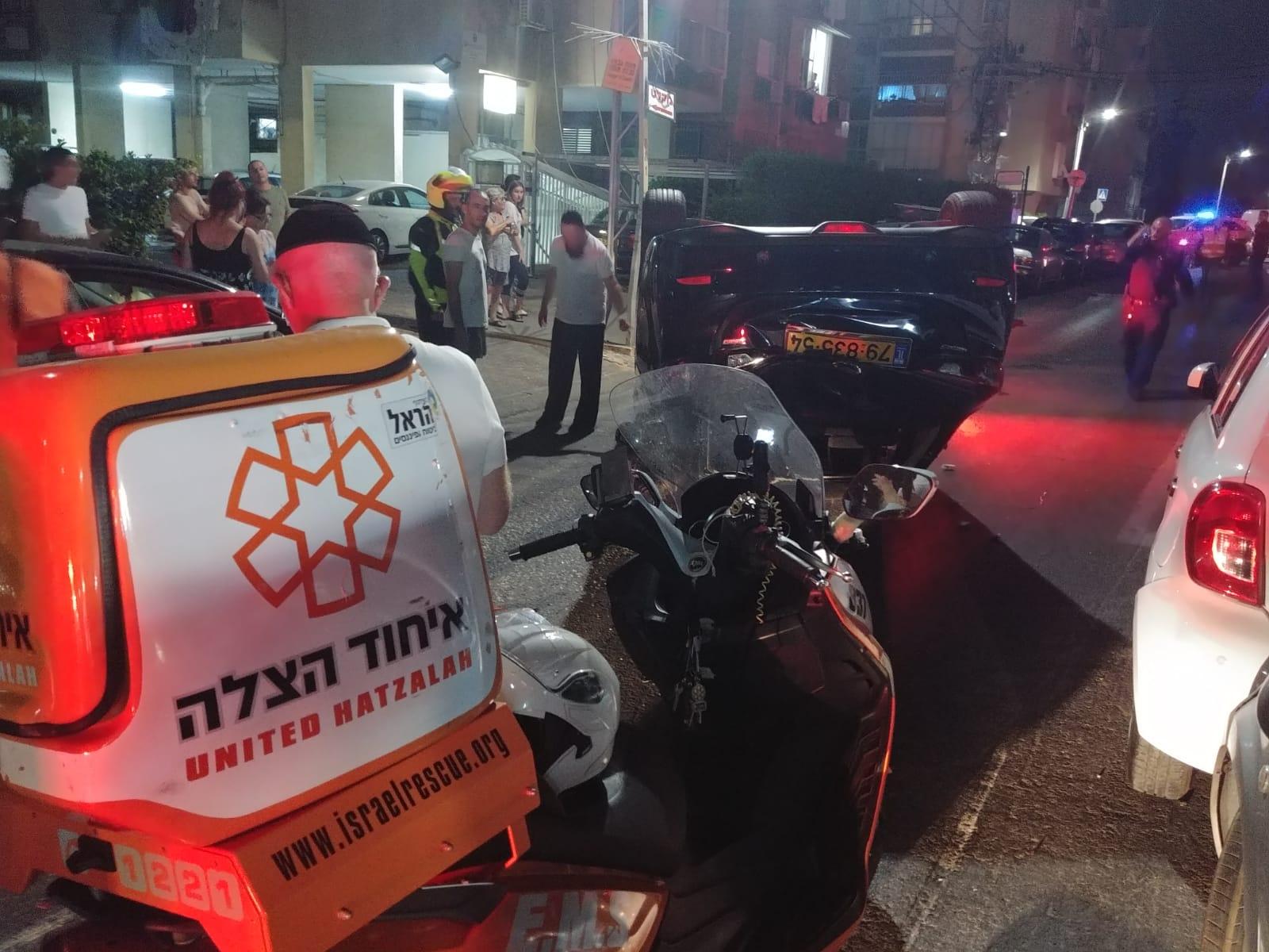 תאונה ברחוב משה שרת. צילום: דוברות איחוד הצלה