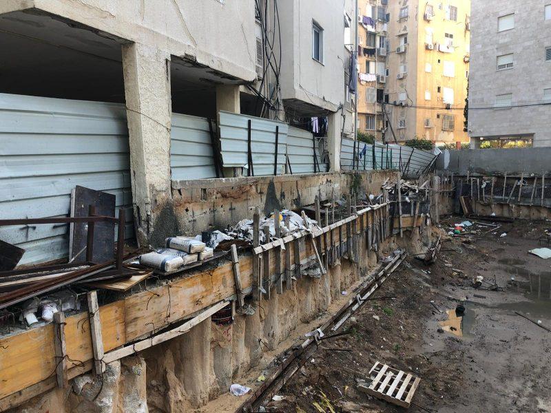 סכנת קריסה לבניין ברחוב העצמאות בבת ים