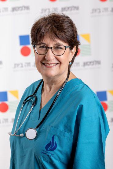 פרופ' מיכל קובו, מנהלת חדרי לידה ומחלקת יולדות (צילום: איל תגר)